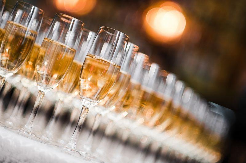 乾杯用スパークリングイングワイン