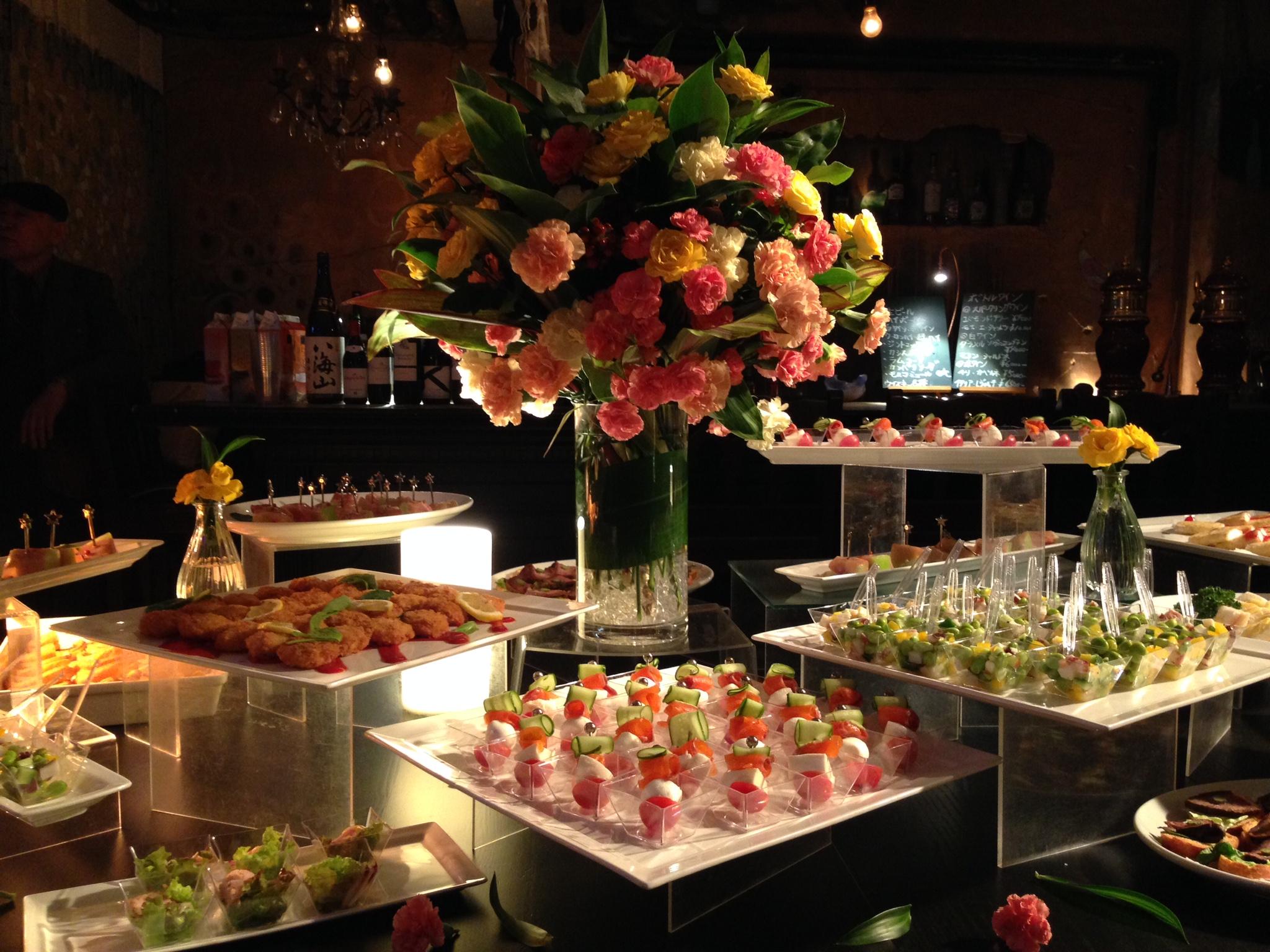 華やか 食べやすい フィンガーフードプランでケータリングパーティはいかがでしょうか♪