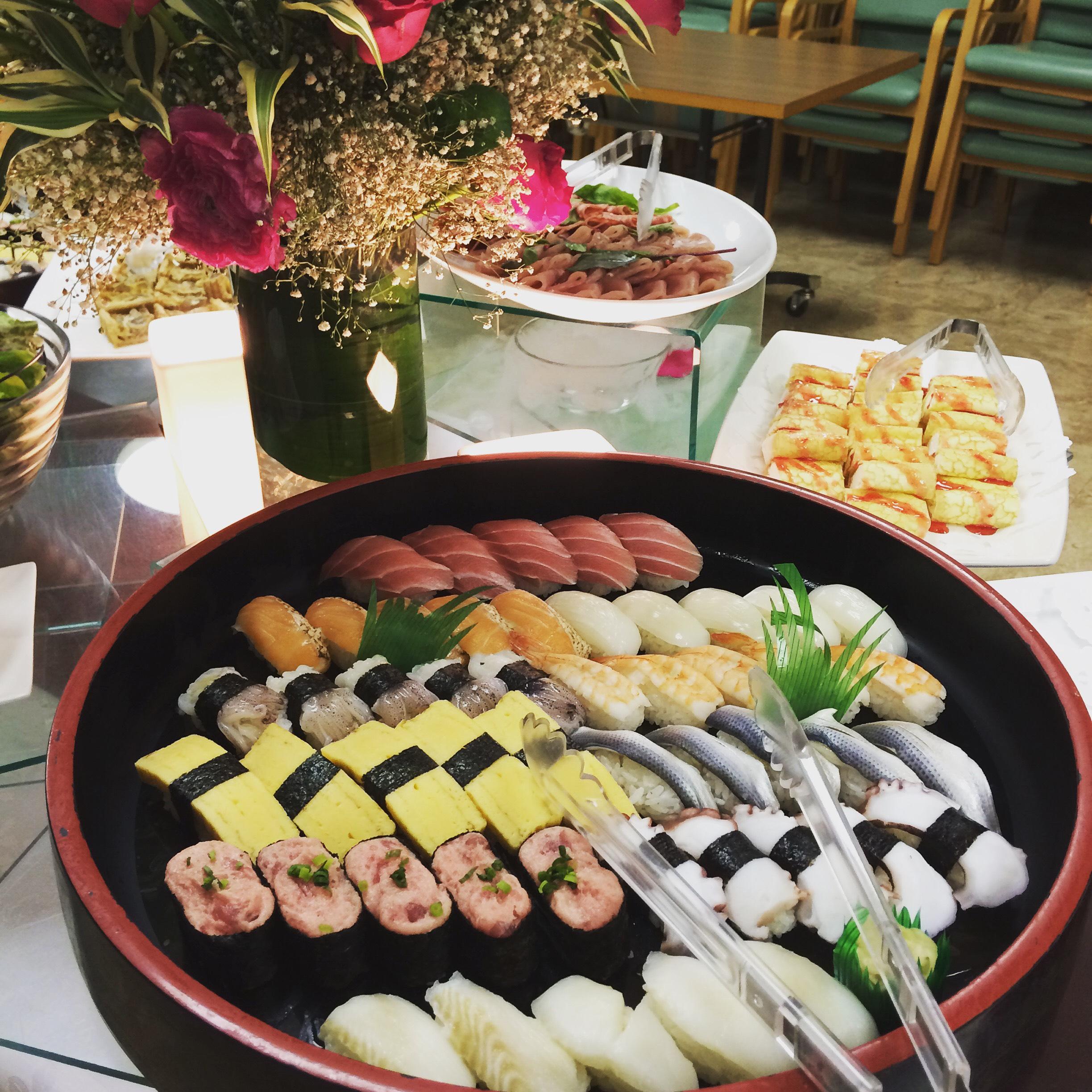 新年会に人気の江戸前握り寿司も